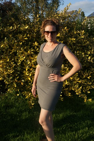 Nursing dress – Simplicity 1469
